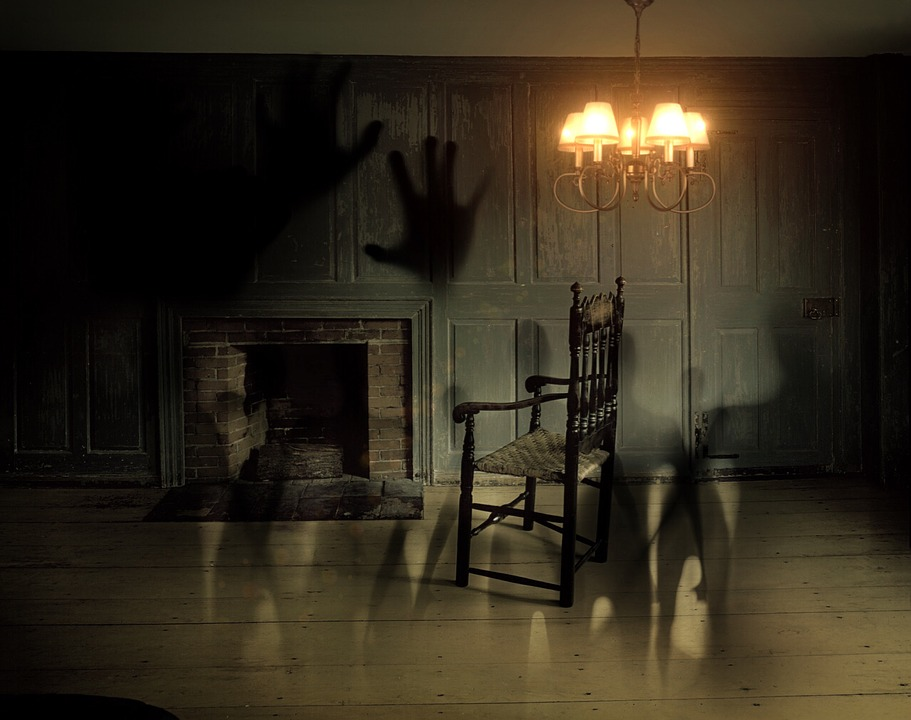Five Tales to Scare and Delight